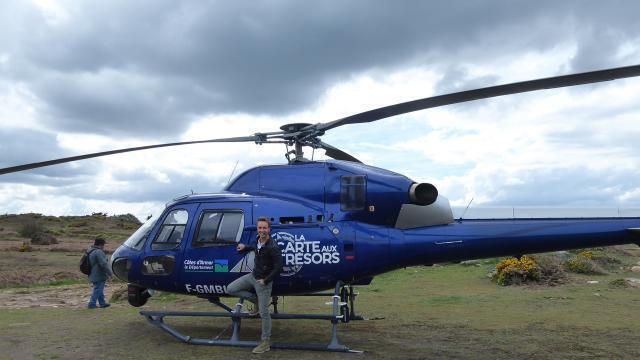 Carte Au Tresor Paimpol.Ile De Brehat La Carte Aux Tresors A Pose Son Helicoptere Sur L Ile