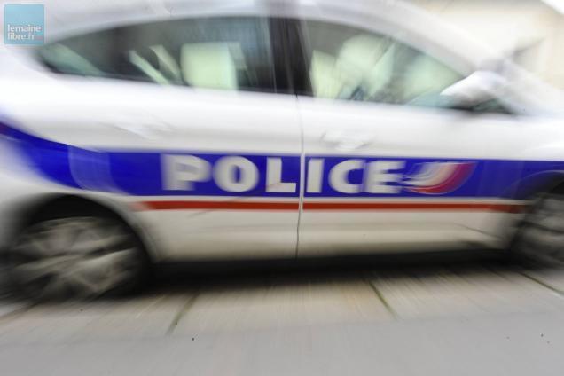 photo le mans. une sexagénaire s'en prend au personnel de la supérette puis aux policiers