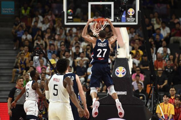photo à l'image du dunk du français rudy gobert, les français ont brillé contre les états-unis. © afp