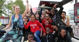 Actu sortie delphine geslot, médiatrice culturelle, avec les 5e du parcours danse du collège costa-gavras.