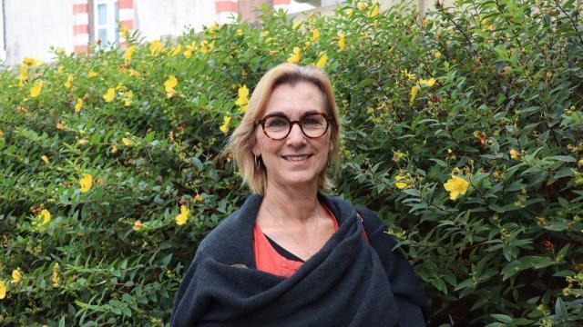 photo nadine frenkel, présidente et formatrice de l'association échange et partage deuil jeunesse © ouest-france
