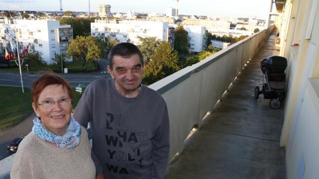 rencontre gay roses à Lorient