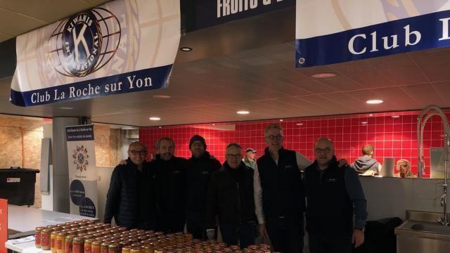 La Roche Sur Yon Plus De 700 Bocaux De Soupes Vendus Par Les