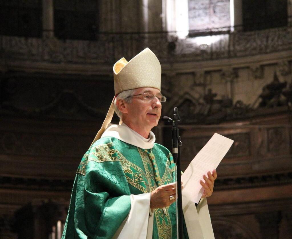 Coronavirus, l'évêque de Trieste suspend les messes, le catéchisme et interdit les funérailles