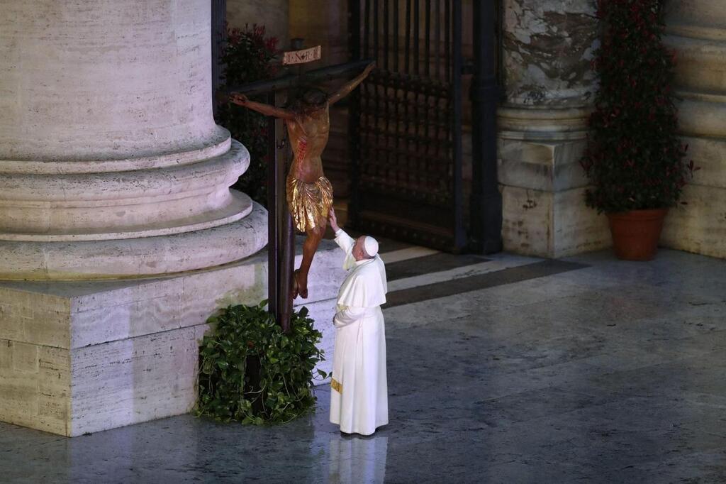 Vatican - Coronavirus. Face à la « tempête », le Pape François ...