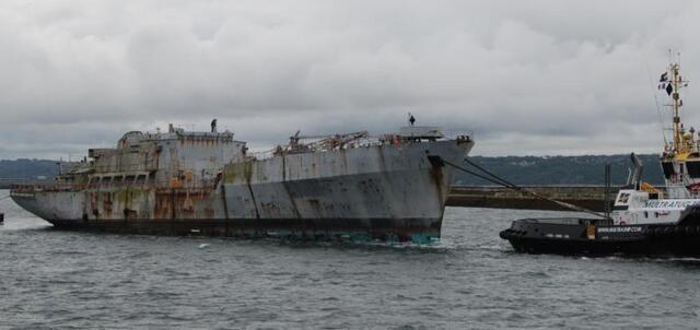 La Marine nationale dit adieu aux ex-Loire et Duguay-Trouin P23132988D4160316G_crop_640-330_