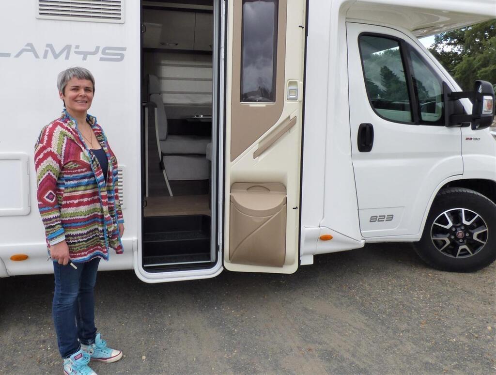 La Fontaine Saint Martin Du Soutien Scolaire En Camping Car Le Mans Maville Com