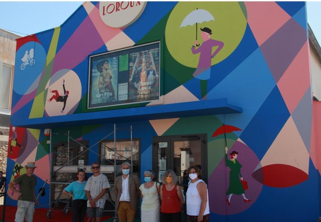 Le Loroux-Bottereau. Un cinéma à la façade haute en couleurs