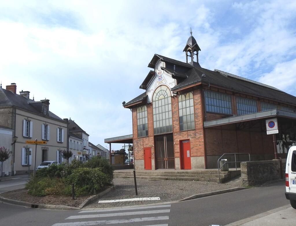 Vendée. Les Halles, l'ancien coeur de La Mothe-Achard. Sport - La Roche sur  Yon.maville.com
