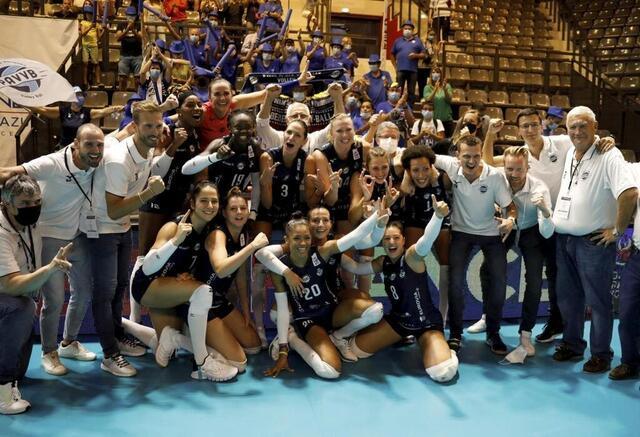 photo les volleyeuses d'aix-venelles ont remporté la deuxième coupe de france de leur histoire après celle de 2017, en dominant très nettement le cannet. © photopqr/nice matin/maxppp