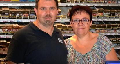 Maillezais De Nouveaux Gerants Au Bureau De Tabac La Roche Sur Yon Maville Com