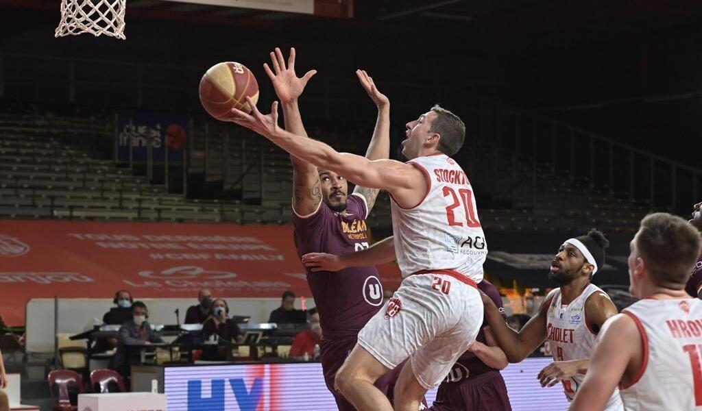 <b>Basket</b>. Cholet dispose d&#39;Orléans et remporte sa première victoire en Jeep Élite en 2021