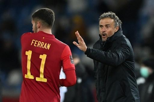 Ferran Torres debe imponerse en el panorama internacional tras una exitosa temporada en el Manchester City.  © afp