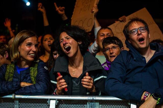 foto el público aclama a philippe katerine a los viejos arados 2021. © lucie weeger / ouest-france