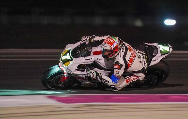 photo at night, motorcycles are sometimes more impressive!  note the gaze of the yart pilot, with his visor adapted to the night.  © west-france